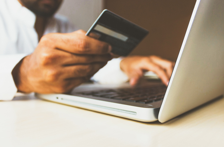Credit card payments in travel industry