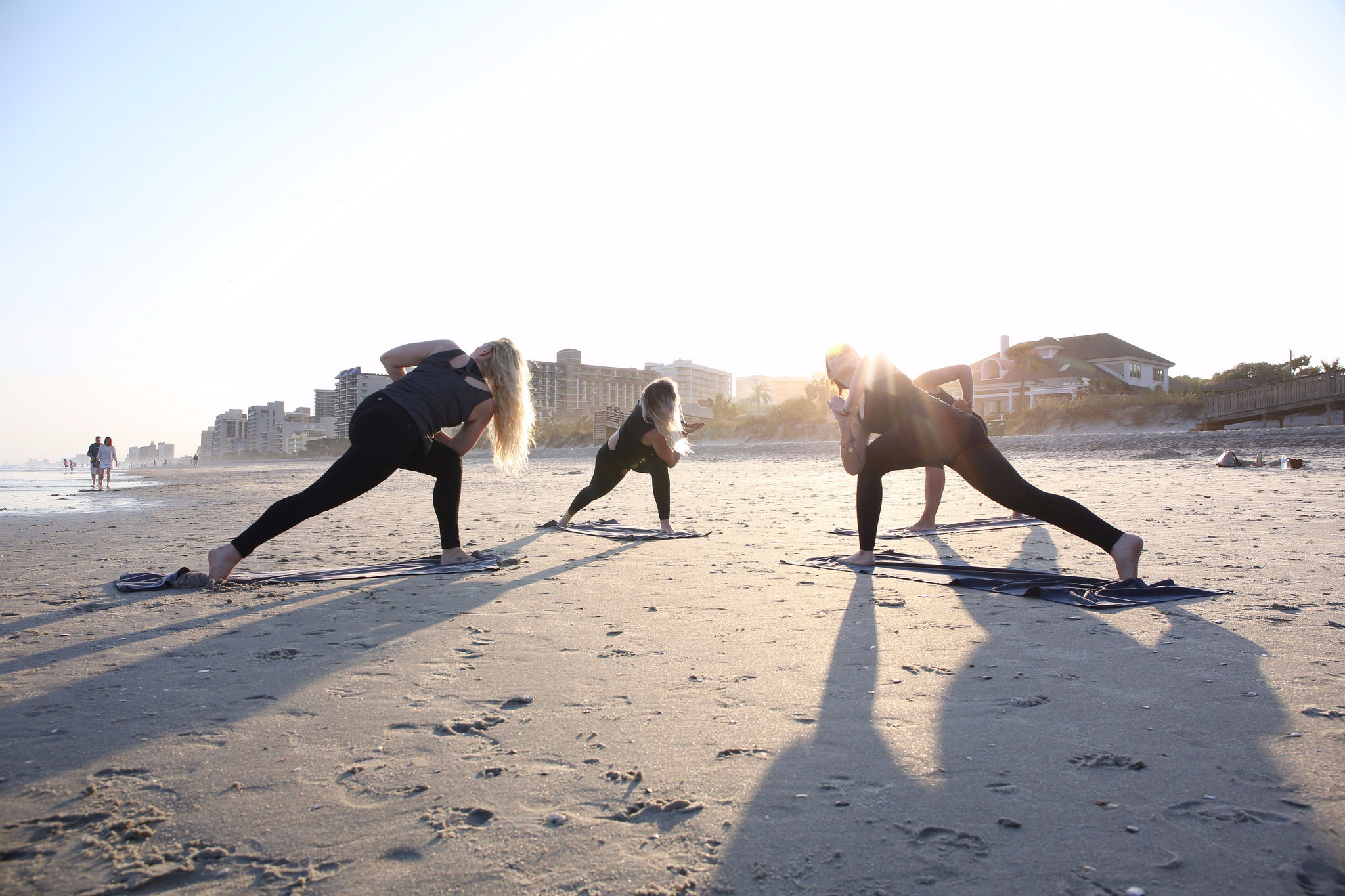 How to choose the right yoga teacher training for you